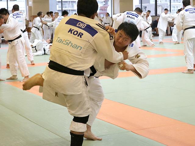 男子100kg超級 原沢久喜選手(無所属)�A
