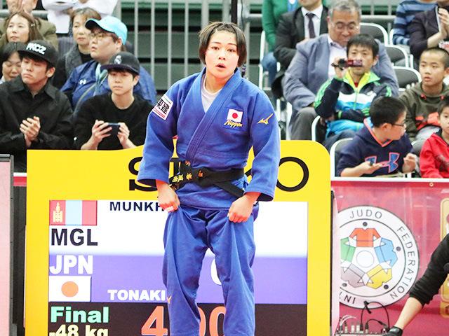女子48kg級 決勝戦 渡名喜風南 vs U.MUNKHBAT�@