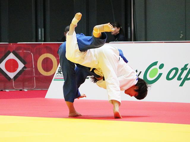 女子52kg級 準々決勝戦 志々目愛 vs S.LKHAGVASUREN