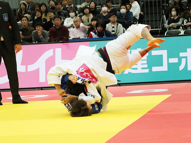 女子52kg級 準決勝戦 角田夏美 vs A.BUCHARD