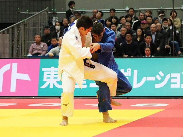 男子90kg級 村尾三四郎 vs E.TRIPPEL