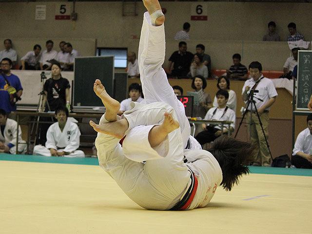 北海道大学vs大阪大学�C