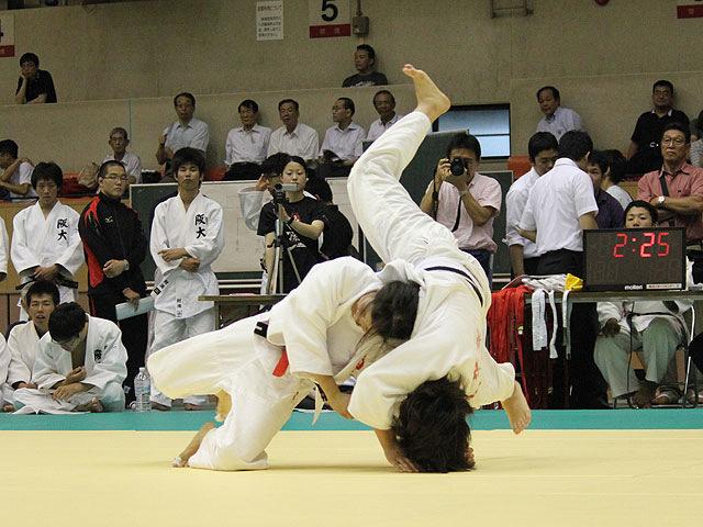名古屋大学vs大阪大学�E