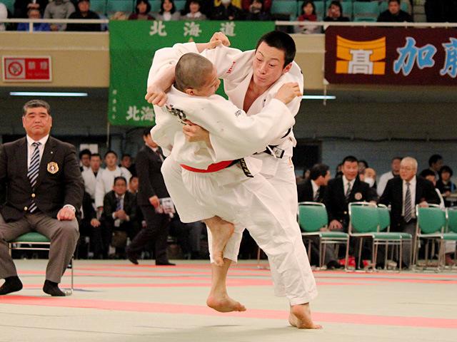 男子73kg級決勝 阿部一二三 vs 古賀颯人�A
