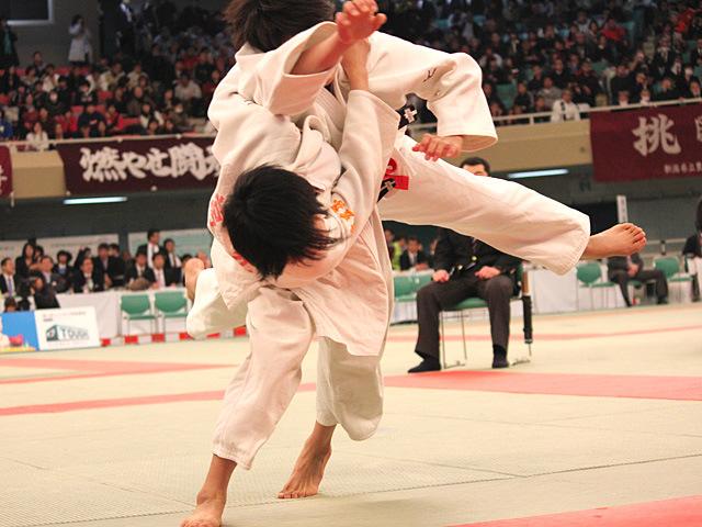 女子52kg級準決勝 前田千島 vs 常見海琴�@
