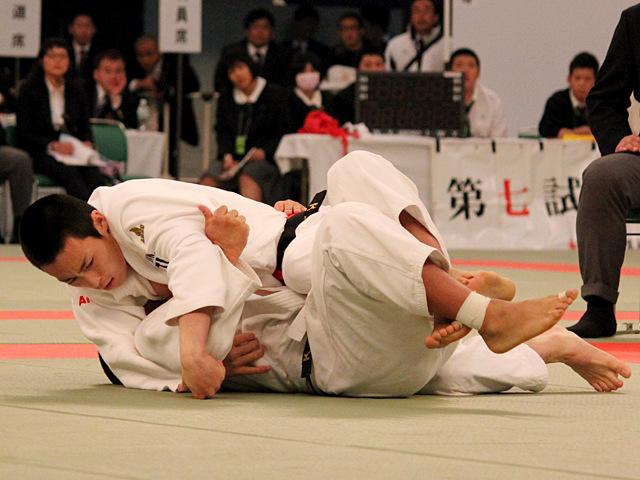 男子73kg級決勝_立川新vs古賀颯人�A
