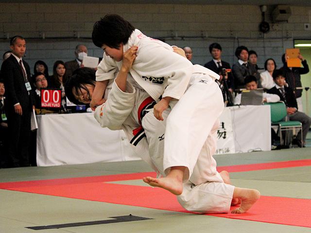 女子52kg級準決勝_常見海琴vs仲田奈央�A