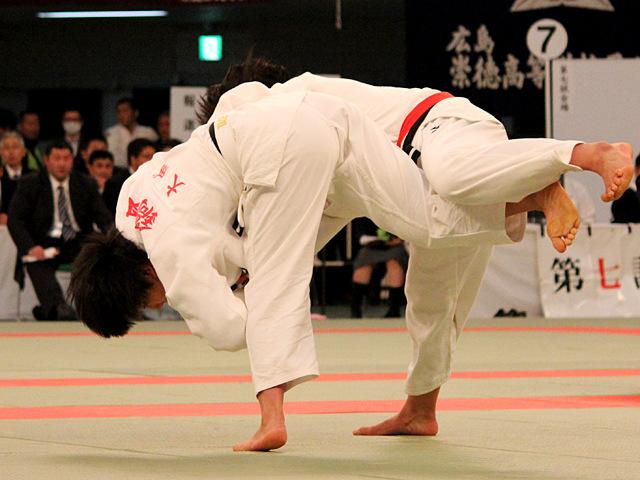 女子63kg級決勝_嶺井美穂vs鍋倉那美�@