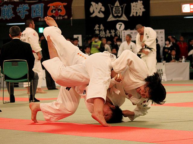 女子70kg級4回戦_杉山歌嶺vs吉本朝香
