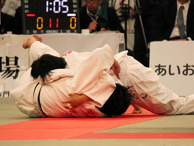 女子70kg級4回戦_中江美裕vs岩佐碧