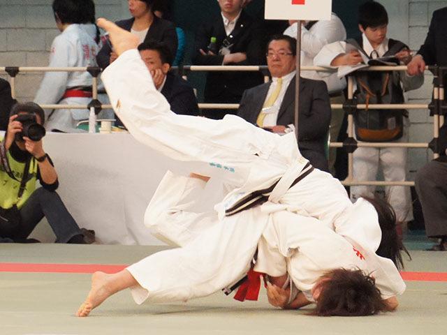 女子48kg級2回戦 岡本佳恵vs手柴命