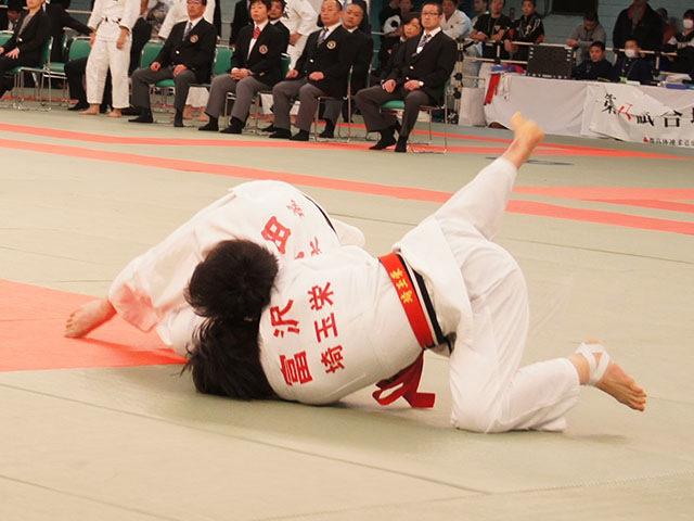 女子52kg級決勝 富沢佳奈vs武田亮子�C