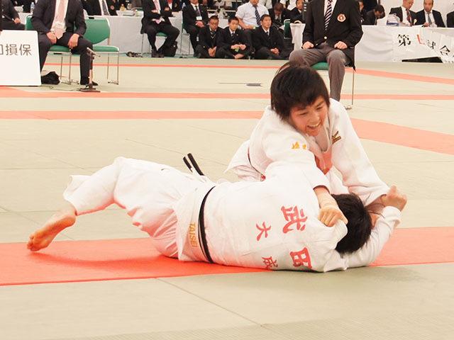 女子52kg級決勝 富沢佳奈vs武田亮子�D
