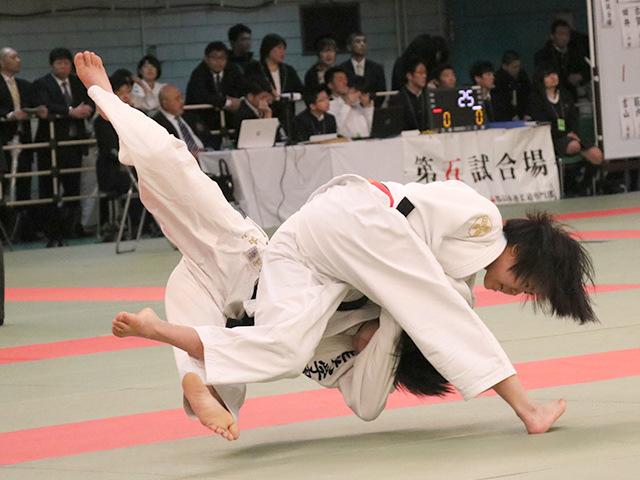 52kg級 小林未奈 vs 高山怜菜
