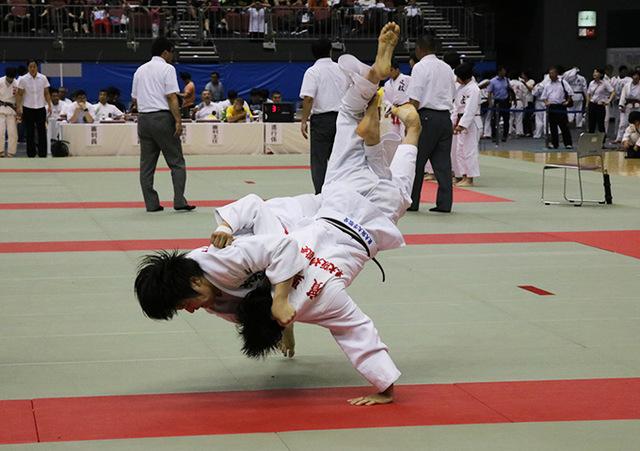 桐蔭学園高校 vs 東大阪大学敬愛高校