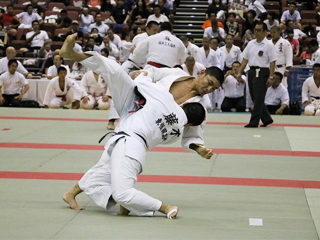 長崎日本大学高校 vs 東福岡高校