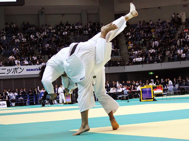 100kg級 斉藤俊 vs 羽賀龍之介