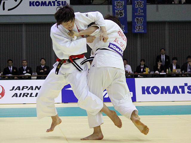 女子70kg級 決勝戦 新井千鶴vs田知本遥�@