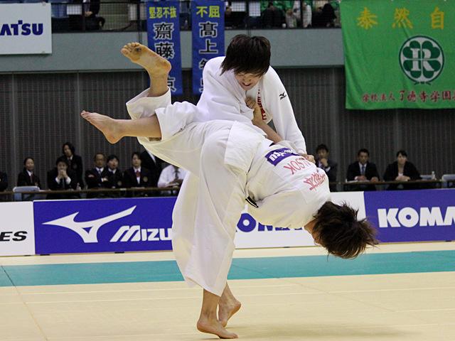 女子70kg級 決勝戦 新井千鶴vs田知本遥�A
