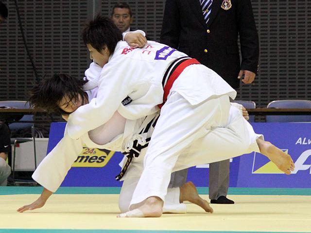 女子78kg級 1回戦 岡村智美vs只野真梨枝