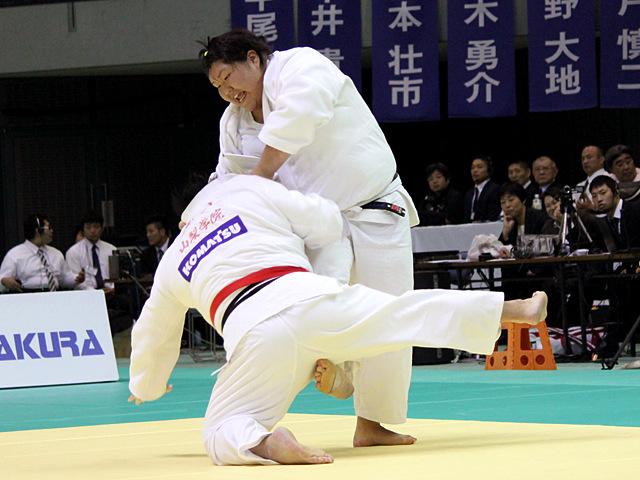 女子78kg超級 朝比奈沙羅vs井上愛美