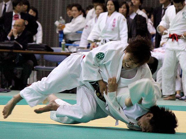西田優香 vs 黒木美晴