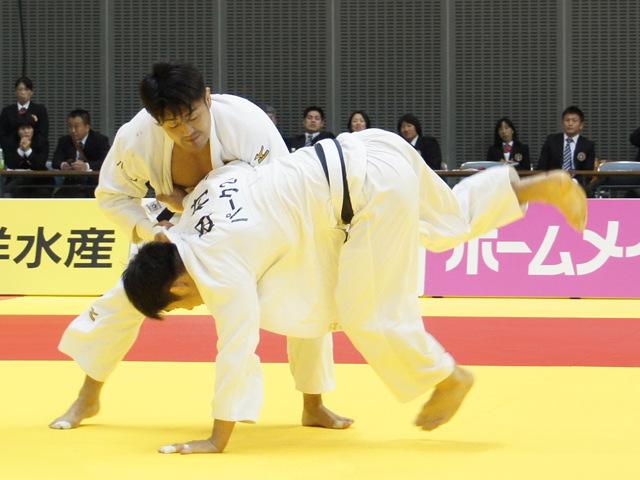 男子73kg級 決勝戦 橋本壮市 vs 田村和也�@