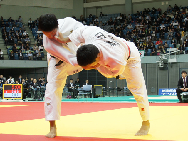 男子81kg級 準決勝戦 川上智弘 vs 渕原槙一