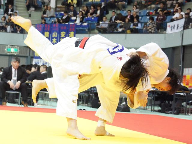 女子78kg級 2回戦 鈴木伊織 vs 赤嶺麻佑�A