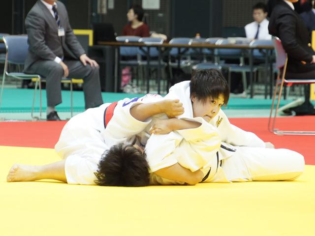 女子78kg級 準決勝戦 赤嶺麻佑 vs ��山莉加