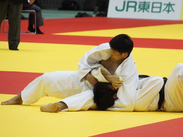 90kg級 大辻康太 vs 前田宗哉