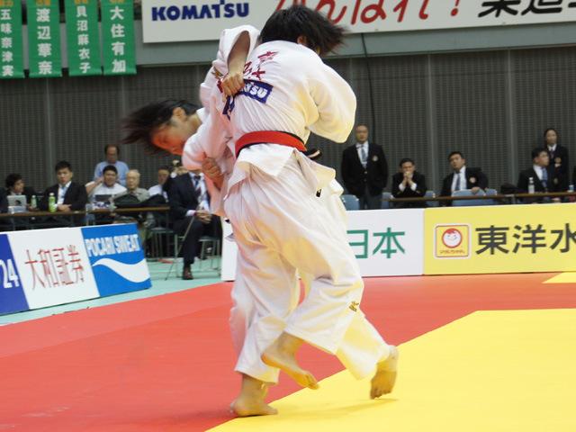女子48kg級 渡名喜風南 vs 山崎珠美