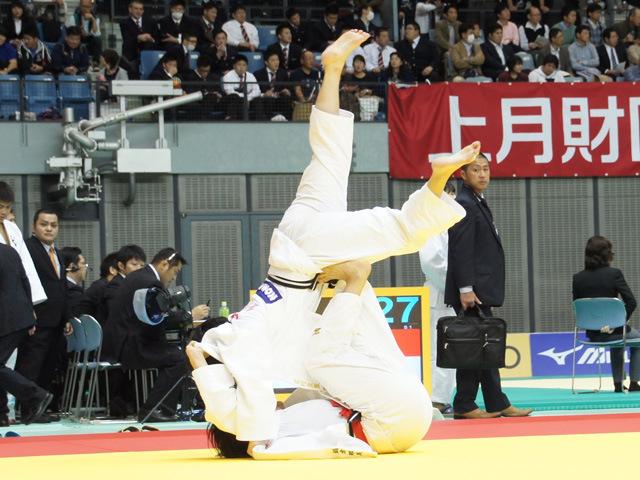 女子63kg級 鍋倉那美 vs 名村友薫