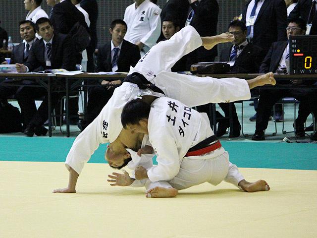 男子73kg級 土井健史 vs 村上洋平