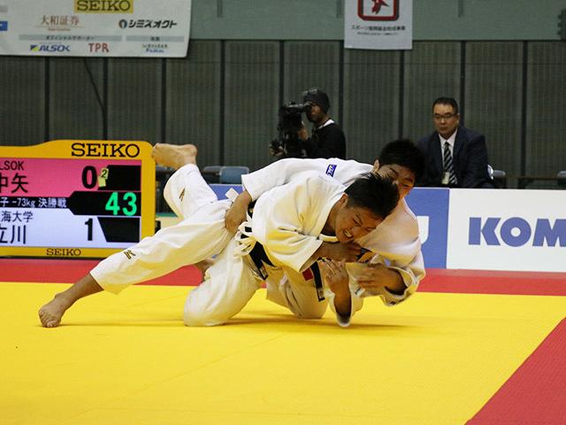 男子73kg級 中矢力 vs 立川新