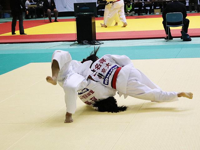 女子48kg級 渡名喜風南 vs 佐藤友美