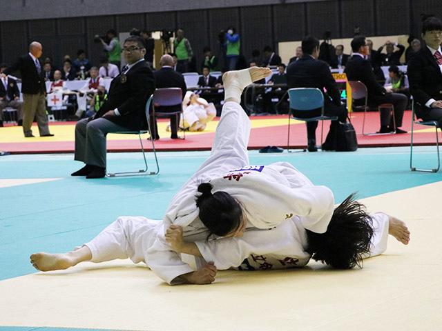 女子63kg級 能智亜衣美 vs 佐藤美咲