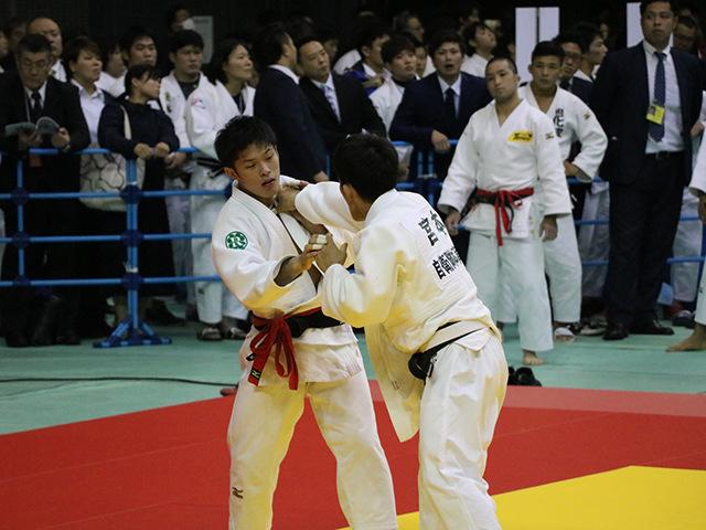 男子60kg級 3回戦 志々目徹 vs 宮本拓実