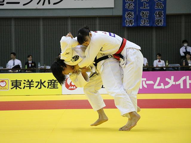 女子70kg級 決勝戦 新添左季 vs 田中志歩�@