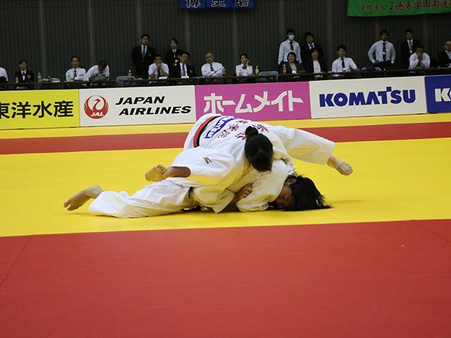 女子70kg級 決勝戦 新添左季 vs 田中志歩�B