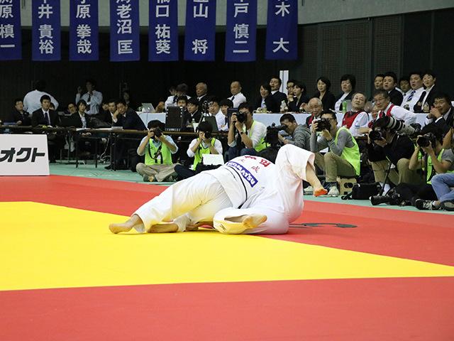 女子78kg級 決勝戦 �M田尚里 vs 和田梨乃子�A
