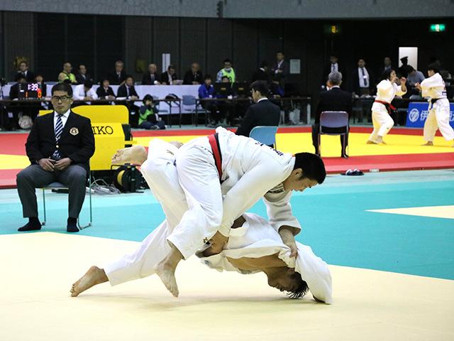 男子90kg級 安達健太 vs 田嶋剛希