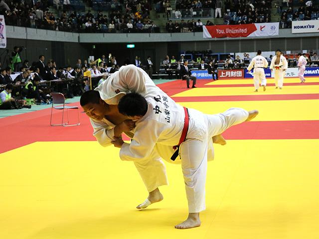 男子100kg超級 中元岳 vs 斉藤立