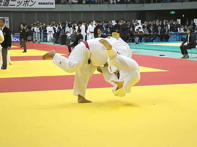男子100kg超級 2回戦 上川大樹 vs 赤迫健太