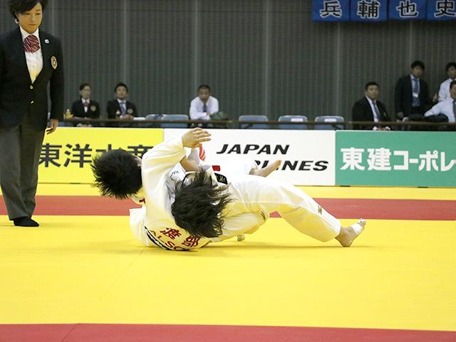 女子57kg級 決勝戦 山本杏 vs 渡部優花�C