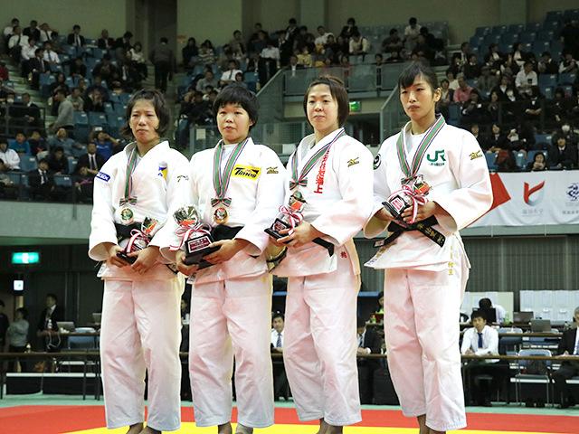 女子57kg級表彰式