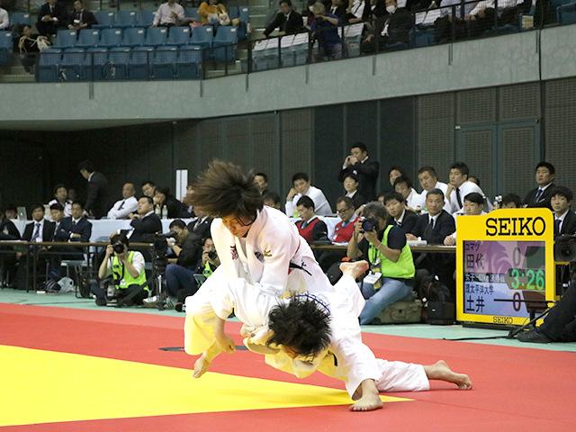 女子63kg級 田代未来 vs 土井雅子