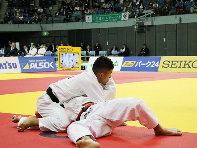 男子60kg級 志々目徹 vs 大島優磨