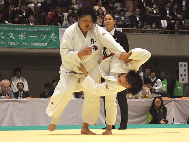 2回戦_鍋倉那美vs朝比奈沙羅