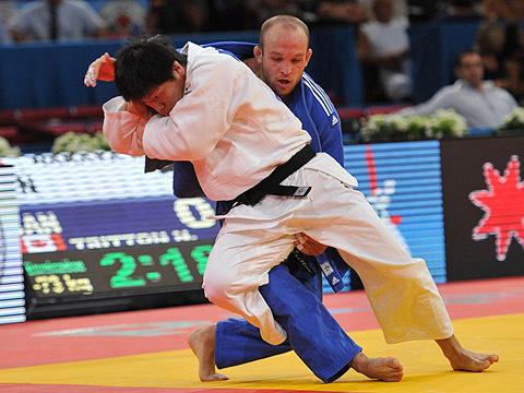 男子73kg級2回戦 中矢-N.トリットン